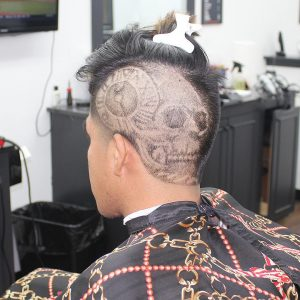 16-mohawk-undercut-with-specialty-design