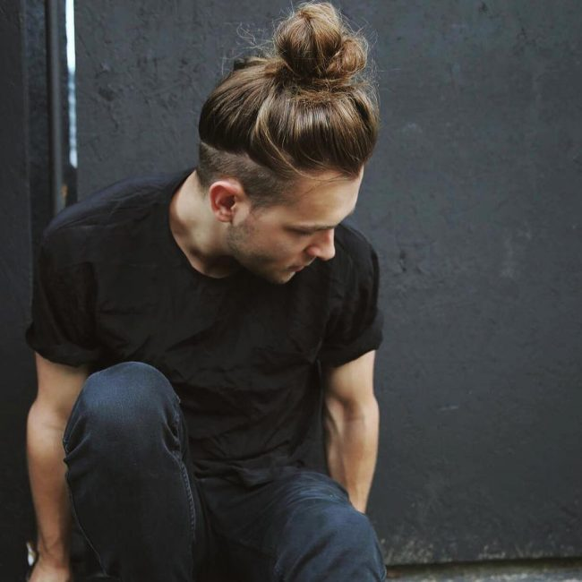 17-top-bun-with-undercut-sides