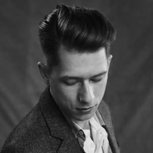 21-pompadour-with-a-modern-touch
