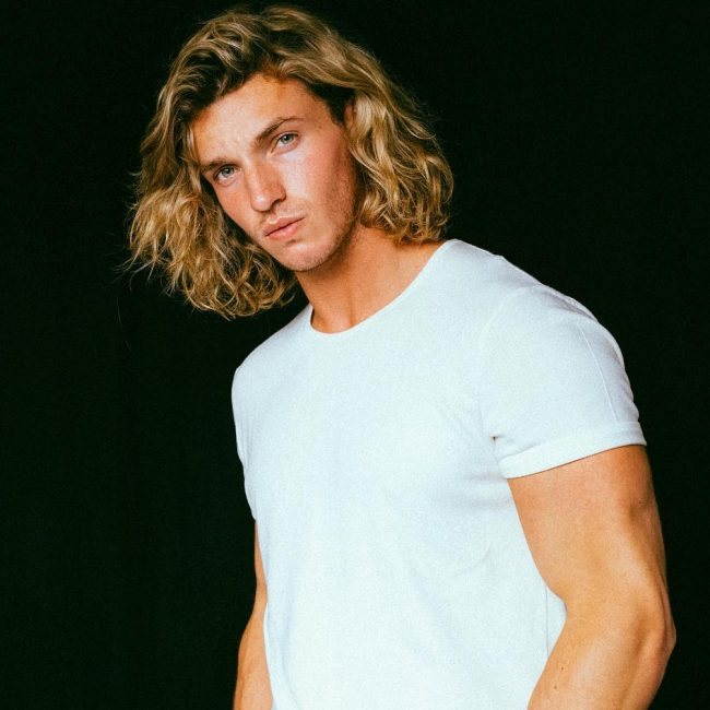 Prime 55 Cool Shoulder Length Hairstyles For Men The Elegance In Medium Hairstyle Inspiration Daily Dogsangcom