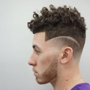 30-rugged-curls-with-a-smooth-side-taper