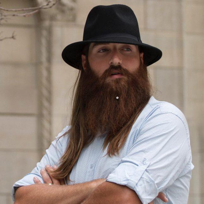 voluminous-full-beard