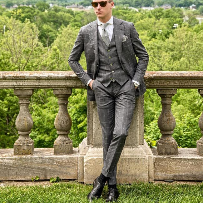 1-exquisite-silver-gray-suit