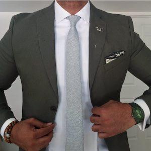 10-dark-green-blazer-with-an-ice-blue-tie