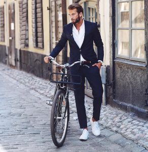 10-suit-and-sneakers