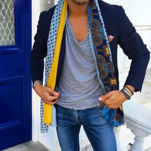 11-v-neck-and-blazer