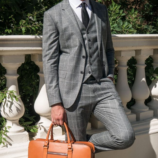 12-get-an-insanely-polished-look-with-this-gray-suit