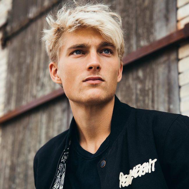 15-rugged-and-blondie-mane