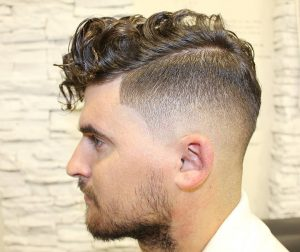 16-curls-with-side-part