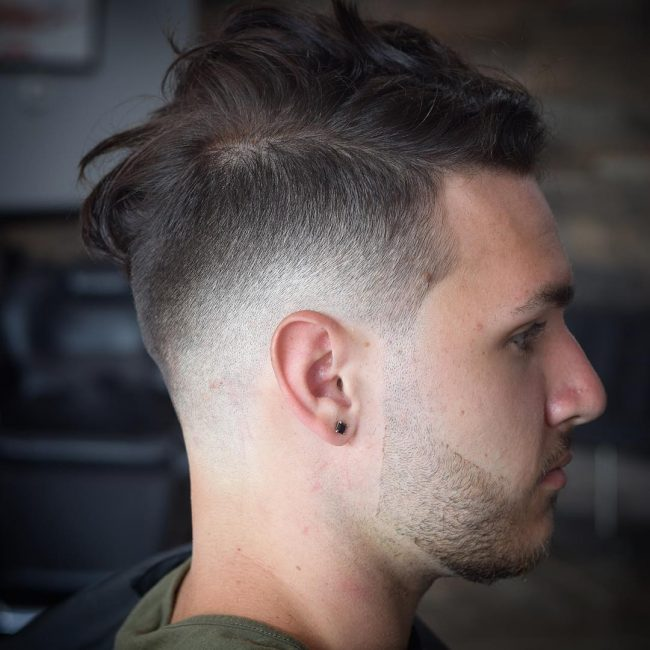 16-messy-top-and-skin-fade-undercut