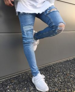 17-distressed-skinnies
