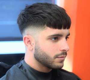 18-cropped-and-layered-undercut