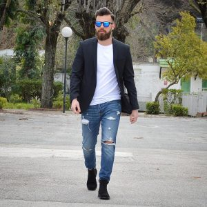18-loose-blazer-and-fancy-jeans