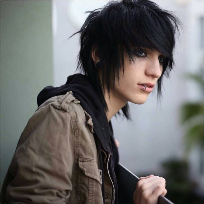 45 Cool Emo Hairstyles For Men Combination Of Flatter