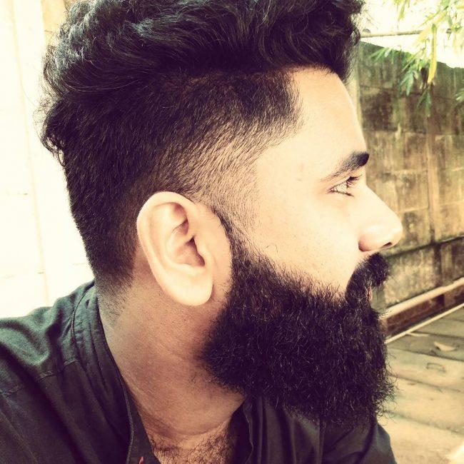 21-short-and-simple-beard