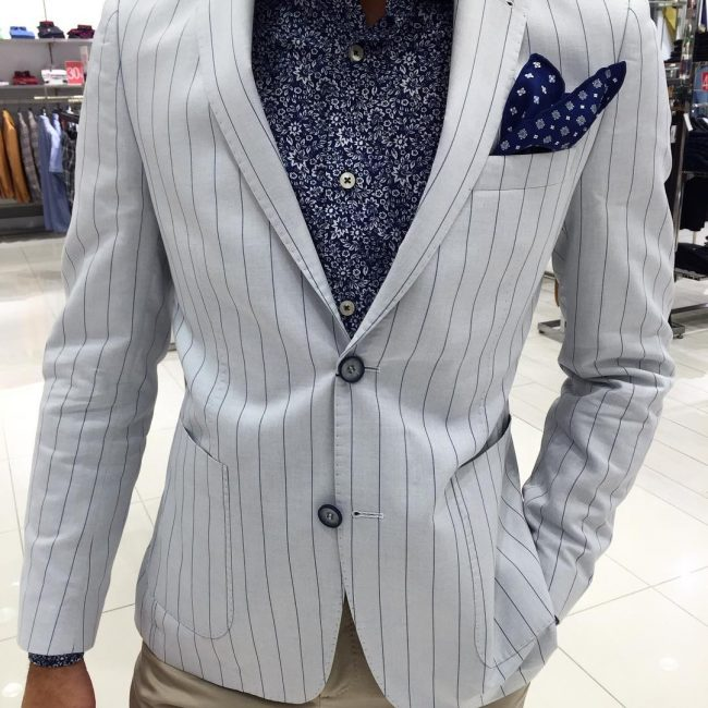 21-striped-jacket-with-floral-shirt