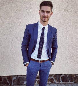 24-unstructured-blue-suit