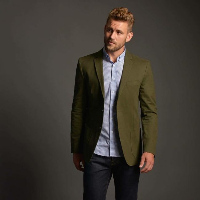 26-the-comfortable-green-blazer