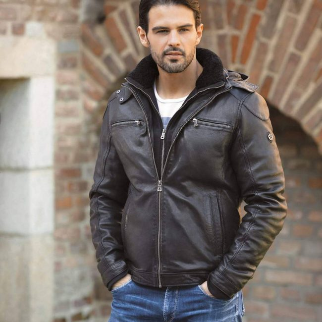 27-leather-jacket-with-fur-collar