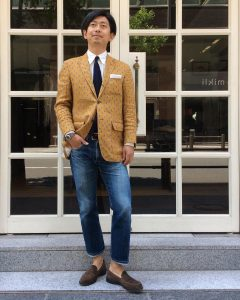 29-standing-out-in-style
