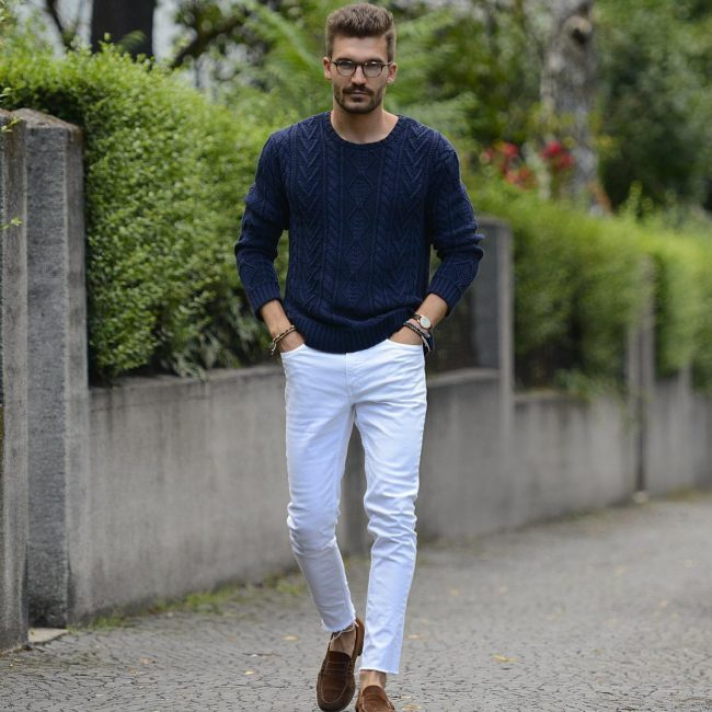 30-fitted-indigo-sweater