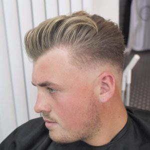 30-relaxed-back-swept-cut