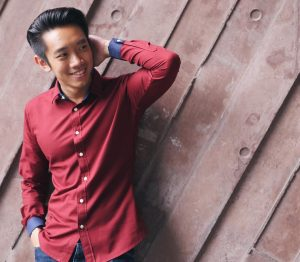 39-blue-detailed-red-shirt
