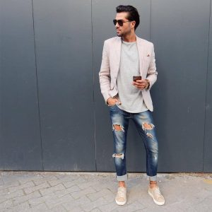 4-a-touch-of-casual
