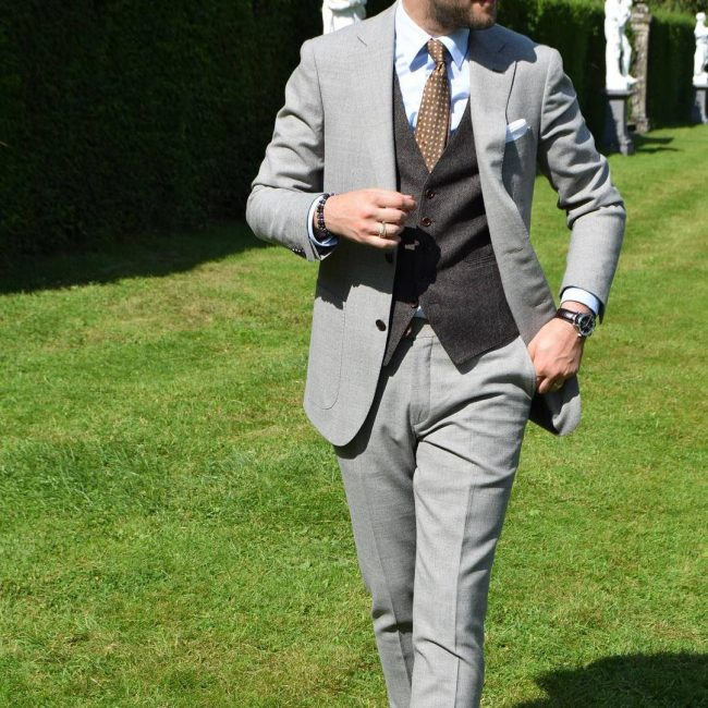 6-bespoke-mens-fashion-in-elegant-gray