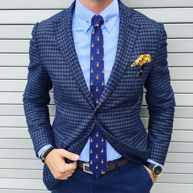 7-blue-checkered-blazer-with-a-yellow-pocket-square