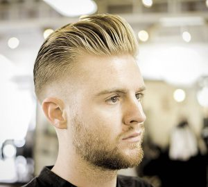 8-loose-pomp-with-a-part