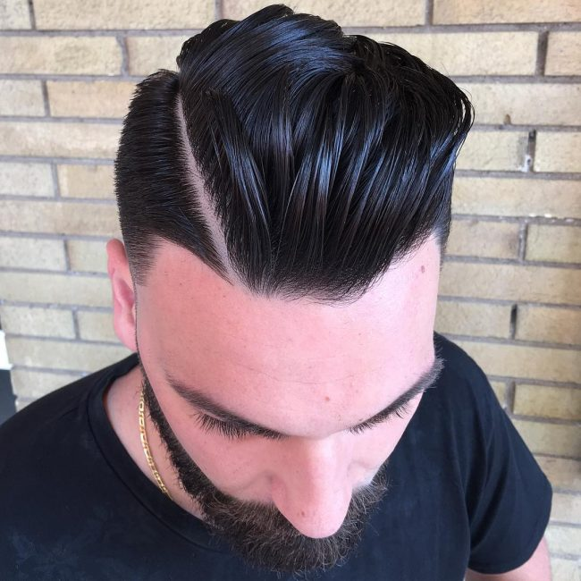 8-wavy-pompadour-with-hard-part