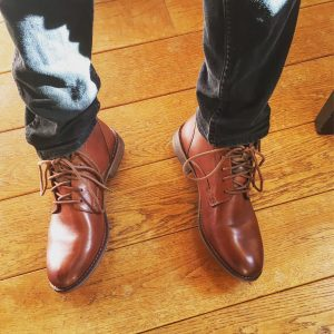 1-levis-leather-boots