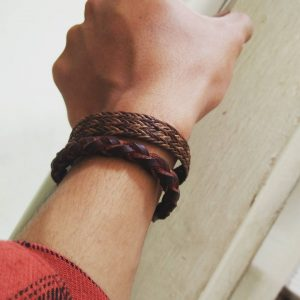 11-the-genuine-pull-up-leather-bracelet