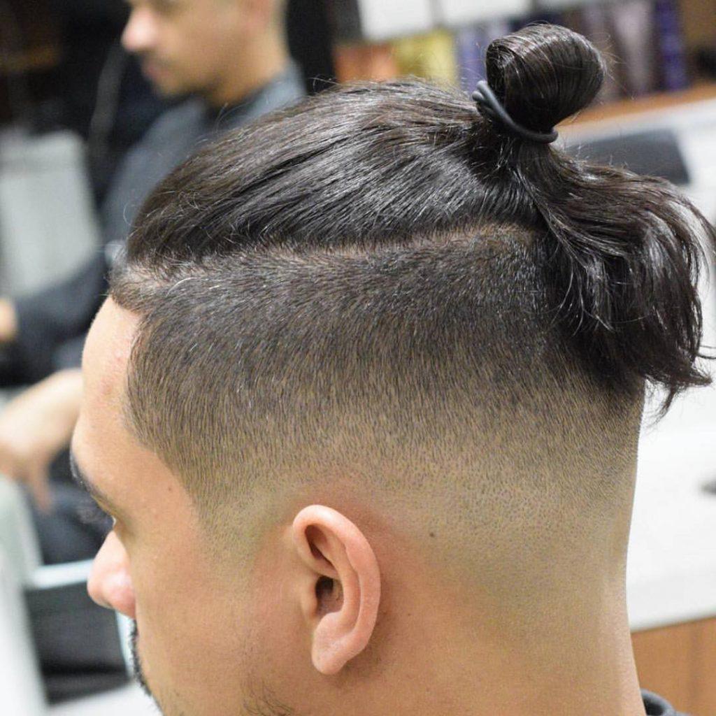 Причёски парней с хвостом