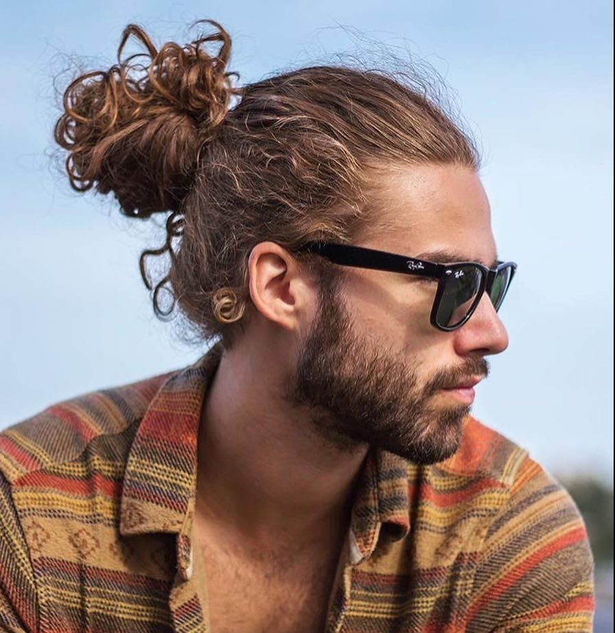 40 Lovable Man Bun Hairstyle Ideas The Easy And Sexy Headdress