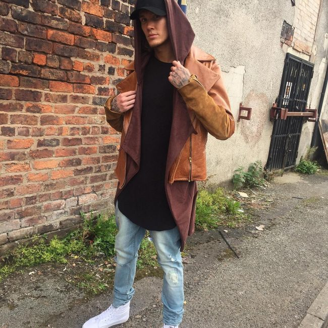 16-leather-jacket-for-street-fashion
