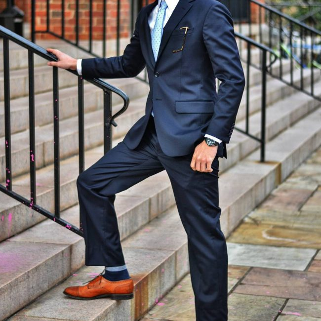 18-classic-loose-fitting-navy-blue-prom-suit