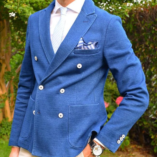 19-italian-style-db-with-signature-border-pocket-square