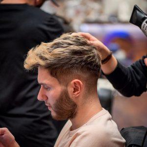 19-light-dark-gradient-hairstyle
