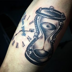 HourglassTattoo20
