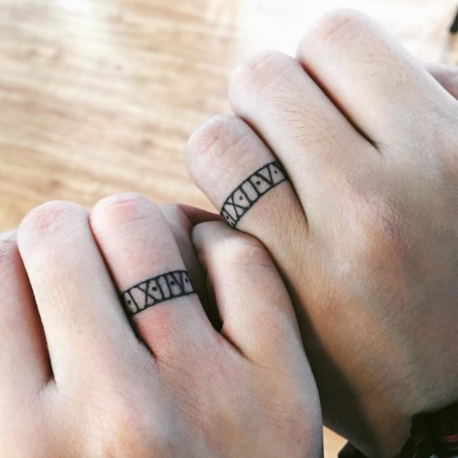 60 Hearwarming Wedding Ring Tattoo Ideas - The New Celebrity Trend