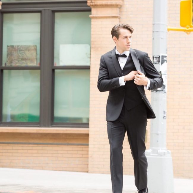 21-look-incredibly-sharp-in-a-great-fitting-tuxedo