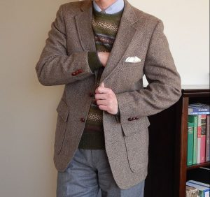 22-unstructured-tweed-and-a-sweater
