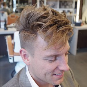 23-opposite-waves-with-a-sharp-cut
