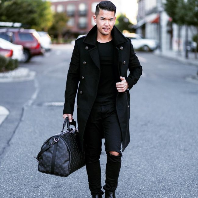 24-casual-black-outfit-with-navy-coat