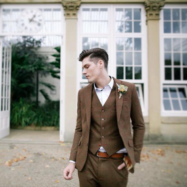 24-gorgeous-brown-tweed-suit