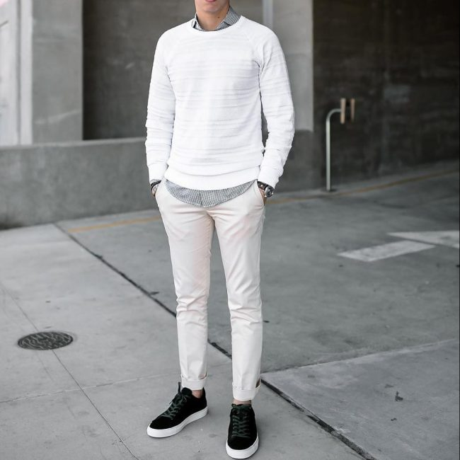 26-white-striped-sweater-with-white-pants