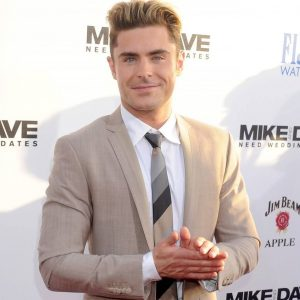 27-zac-efron-styles-it-in-ginger