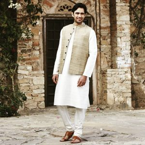 28-long-kurta-and-brown-coat